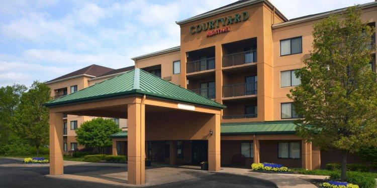 Westlake, Ohio hotel